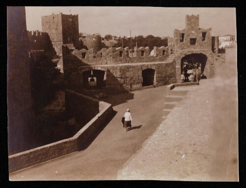 [Rhodes, fortifications : Porte Saint-Paul]